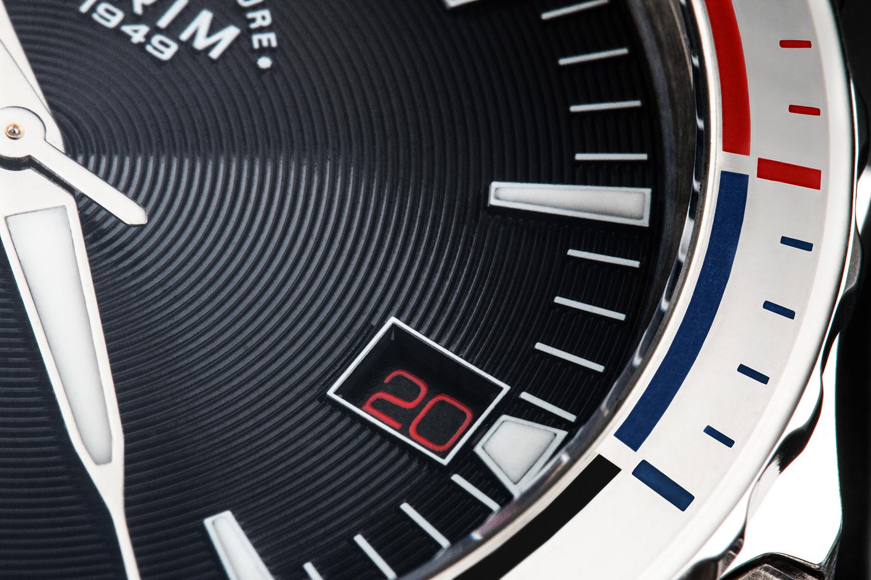 Speciální edice hodinek připomene sto let československé vlajky